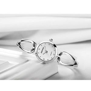 Accessories - Women's Quartz Silver Wrist Watch